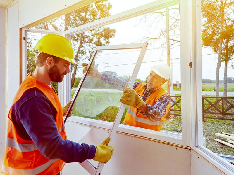 Pourquoi confier vos travaux à un vitrier professionnel ?